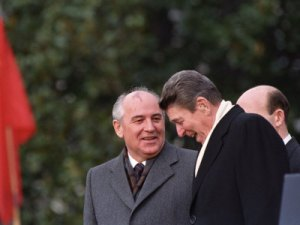 gorbachev-reagan-palling-around