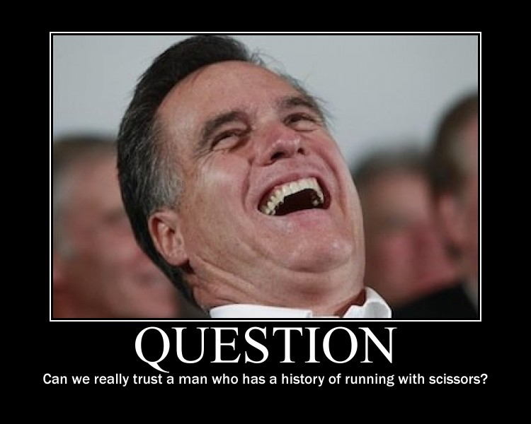 Mitt with scissors